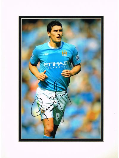 Gareth Barry Autograph Signed Photo